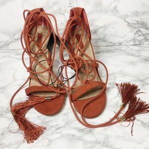 NWT Rust Lace Up Block Heel Tassel Sandals